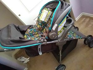 Brand new never used stroller and base for Sale in NV, US
