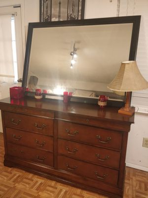 "Nice dresser with 8 drawers and big mirror in very good condition, all drawers sliding smoothly, pet free smoke free. L59""*W18""*H34"" for Sale in Annandale, VA"