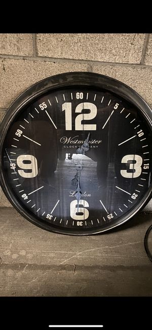 """30"""" wall clock for Sale in Long Beach, CA"""