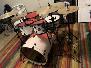 Mapex Mars kit w/ hardware for Sale in Belmont, NC