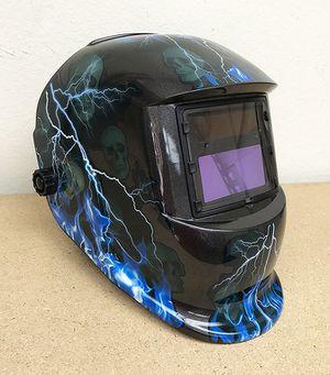 New in box $30 Auto Darkening Welding Helmet for Sale in Pico Rivera, CA