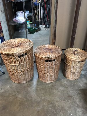 Set of three wicker basket laundry containers in three different sizes. Will go great in any laundry room closet or any storage place for clothes for Sale in Gardena, CA