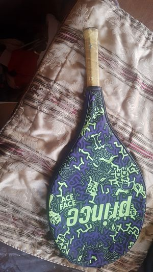 Tennis racket prince with case for Sale in Brooklyn, NY