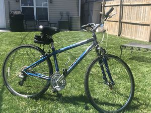Giant cypress bike for Sale in Chicago, IL