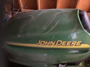 John deer riding tractor for Sale in Macedonia, OH