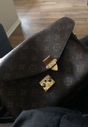 Louis Vuitton cross bag for Sale in Dallas, TX