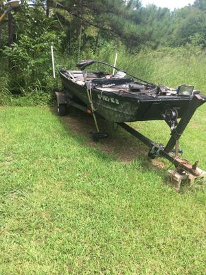 Jon boat for Sale in Ridgeway, SC