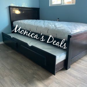 Twin Solid Wood Bed & Twin Trundle + 2 Mattresses $500 for Sale in Downey, CA