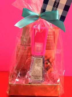 Champagne Apple And Honey Gift Set for Sale in Rosemead,  CA