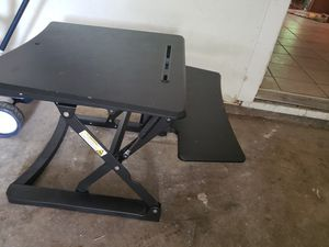 Kids desk for Sale in Houston, TX
