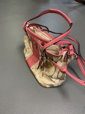 Coach handbag for Sale in Royersford, PA