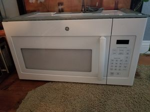 GE Microwave Above Range for Sale in Hemet, CA
