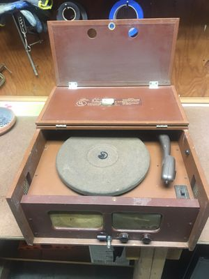 Packard Bell model 568 record player for Sale in Whittier, CA