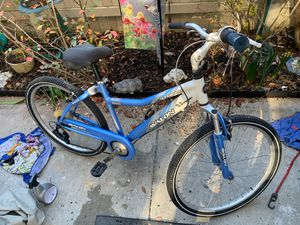 "Ladies light blue Avalon 26"" next cruiser bike for Sale in Virginia Beach, VA"