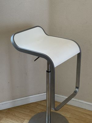 Three of these modern stools. for Sale in North Las Vegas, NV