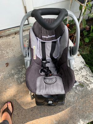 Baby Trend Infant Car Seat for Sale in Thomasville, NC