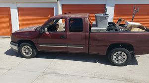 Chevy silverado 2003 4D for Sale in Orlando, FL