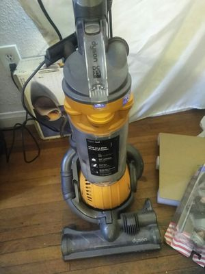 Dyson dc25 vacuum cleaner for Sale in El Monte, CA
