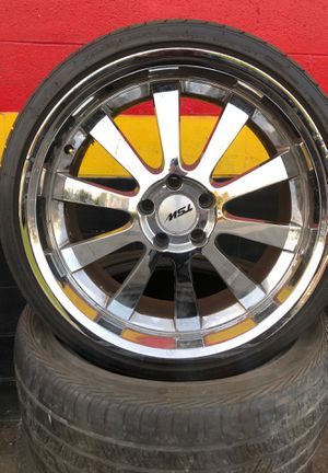 Wolksvagen Jetta 19 inch wheels an good tires or any 5/112 for Sale in Kent, WA