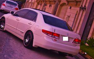Price $$800 //2004 Honda Accord XL for Sale in Glendale, AZ