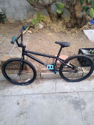 HARO XL 24 for Sale in Los Angeles, CA
