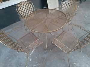 Outdoor Iron Table & 4 Outdoor Iron Chairs [Read Description] for Sale in Phoenix, AZ