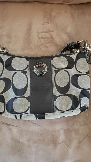 COACH BAG AUTHENTIC for Sale in Hyattsville, MD