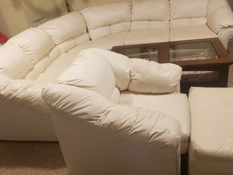 Free Sectional Sofa Chair Ottoman Set White for Sale in Bloomingdale,  IL
