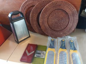 Cheese grater set with three matching pot holders for Sale in Boynton Beach, FL