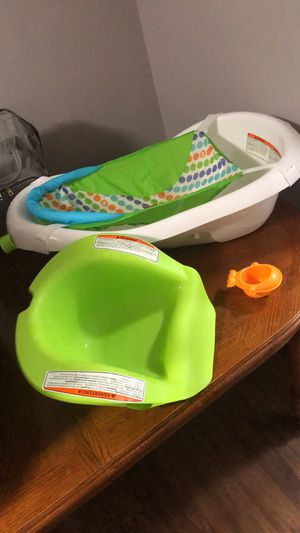 Bath tub and booster seat for Sale in Egg Harbor City, NJ