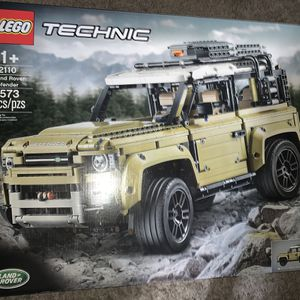 LEGO Land Rover Technic 42110 for Sale in Hacienda Heights, CA