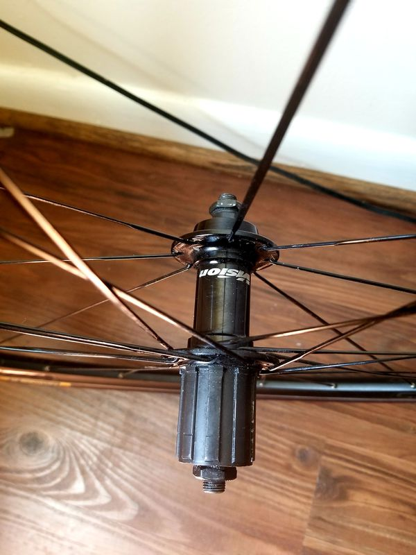 Wheelset 11sp with new tires.