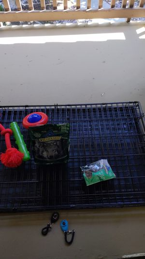 Dog crate w/ toys and food - 42 inches for Sale in San Diego, CA