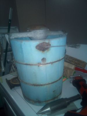 Antique icecream maker for Sale in Vanderbilt, TX