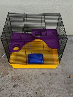 Small Animal Cage for Sale in Yakima,  WA