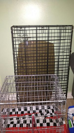 Dog kennels small and large for Sale in Oskaloosa, IA