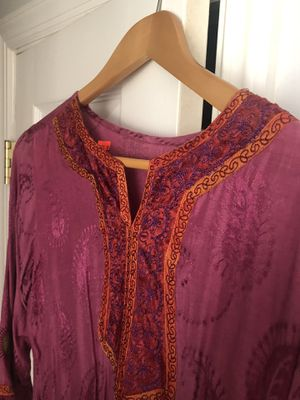 Tunic for Sale in Beverly, NJ