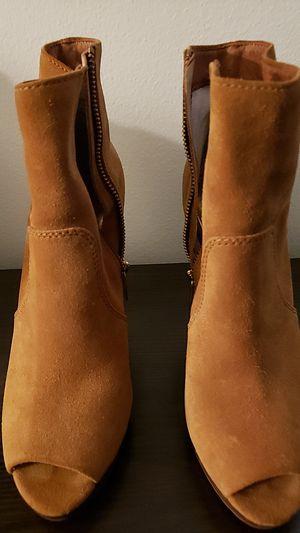 Michael Kors Boots for Sale in Pico Rivera, CA