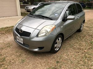 TOYOTA YARIS AÑO 2007STANDARD 5 VELOCIDADES for Sale in Houston, TX