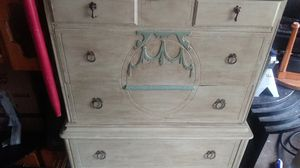 Antique dresser for Sale in Mesquite, TX