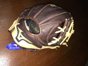 Mizuno baseball glove for Sale in La Puente, CA