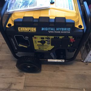 Champion Power Equipment 100573 4000-Watt DH Series Open Frame Inverter, Wireless Remote Start for Sale in Phoenix, AZ
