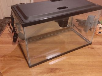10 GALLON AQUARIUM NICE for Sale in Phoenix,  AZ
