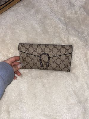 Gucci wallet for Sale in Mesa, AZ