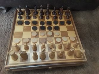"""14.5"""" x 14.5"""" Wooden Chess & Checkers Set Game W/ Storage Drawer for Sale in Colorado Springs,  CO"""