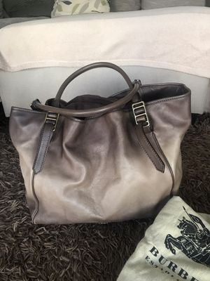 BURBERRY Leather bag for Sale in Corona, CA