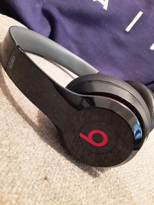 Beats Solo 2 Wired for Sale in Cleveland, OH