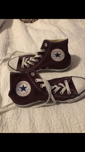 Converse women's 7 for Sale in Austin, TX