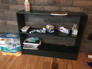 Small book shelf for Sale in Columbus, OH