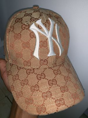 Gucci Hat x New Era for Sale in Dover, DE